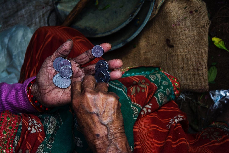 Armoede in Fryslân, Nederland en wereldwijd